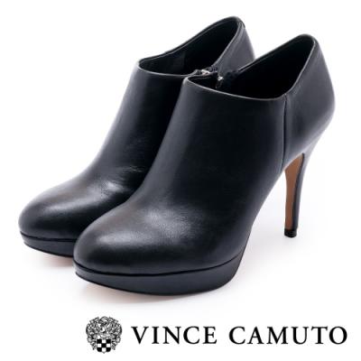 VINCE CAMUTO 時尚美型俐落款細跟真皮短靴-黑色