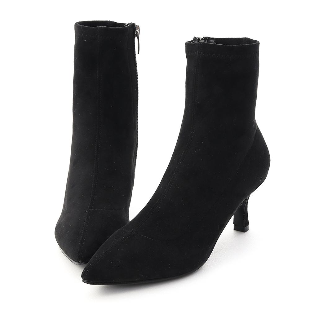 D+AF 魅力獨創.素面合腿尖頭中跟襪靴*黑絨