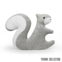 Yvonne Collection 松鼠造型靠枕-淺灰