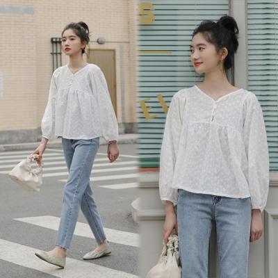 【韓國K.W.】(預購)韓典雅刺繡寬鬆上衣-2色