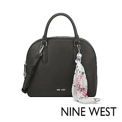 NINE WEST JOIE絲帶吊飾貝殼包-黑色(522405)