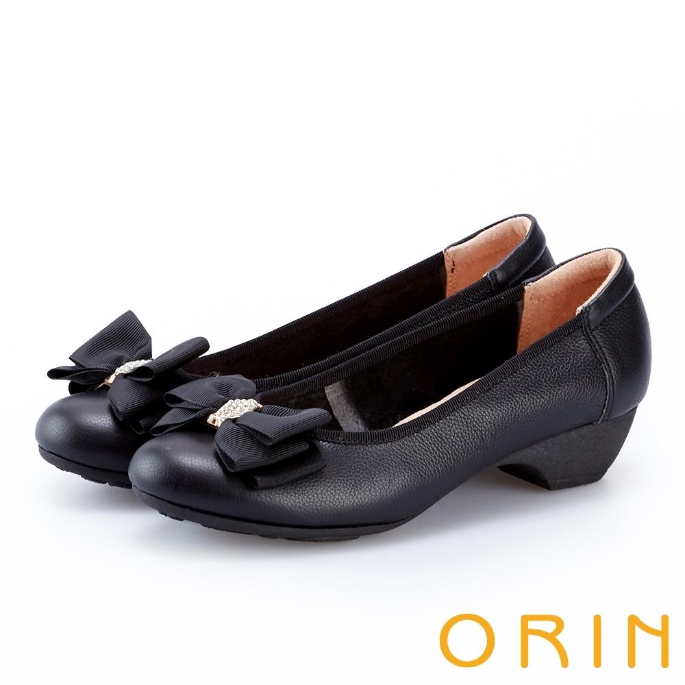 ORIN 鑽飾蝴蝶結牛皮粗低跟鞋 黑色