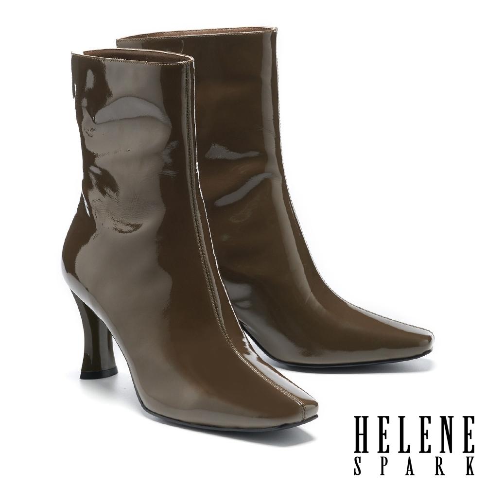 短靴 HELENE SPARK 懷舊未來前衛亮光感方頭高跟短靴-綠