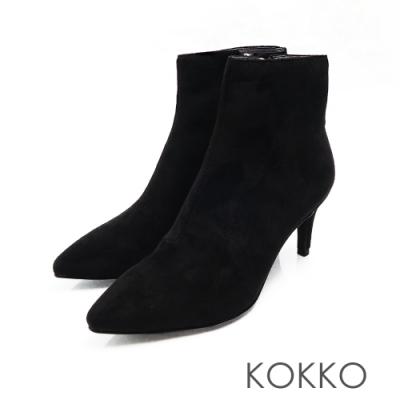 KOKKO - 極尖頭顯瘦貼腿細跟短靴 - 霧面黑