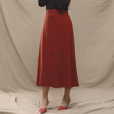 AIR SPACE LADY 中大尺碼 清新排扣棉麻長裙(磚紅)