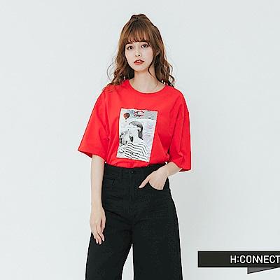 H:CONNECT 韓國品牌 女裝-落肩人像圖印T-shirt-紅