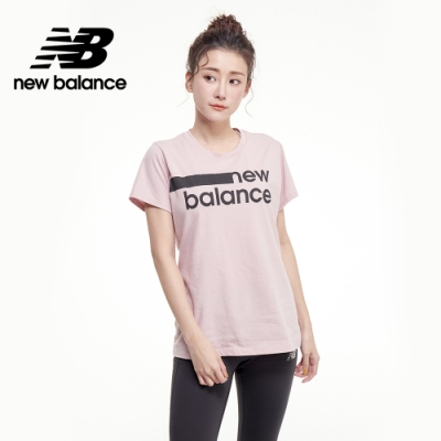 【New Balance】NB DRY 科技棉橫條Logo短袖上衣_女性_灰粉紅_AWT01158SP1