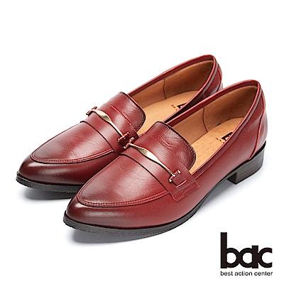 bac經典回歸-金屬扣環尖頭粗跟樂福鞋平底包鞋