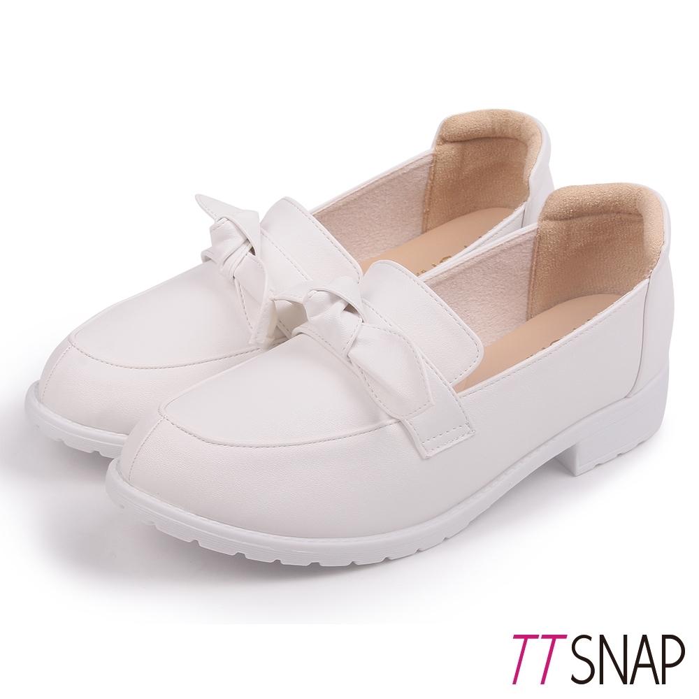 TTSNAP樂福鞋-蝴蝶結柔軟百搭學生紳士鞋 白