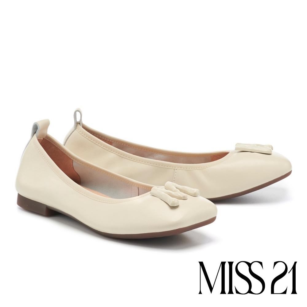 低跟鞋 MISS 21 都會時髦小氣質抓皺方頭低跟鞋-米
