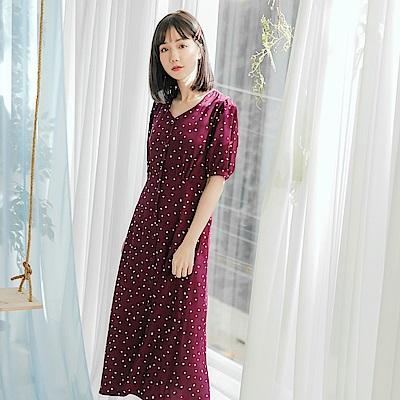 愛心印花排釦設計短袖雪紡洋裝-OB大尺碼