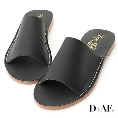 D+AF 愜意搭配.寬版一字超軟平底拖鞋*黑