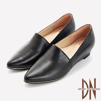 DN跟鞋_MIT質感素面全真皮尖頭楔型鞋-黑