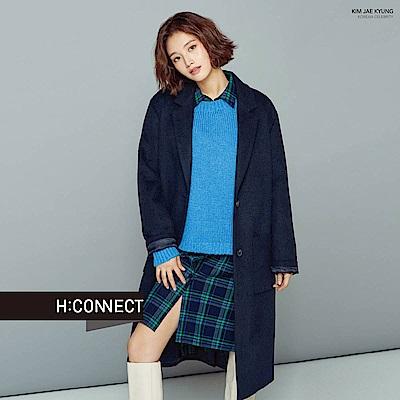 H:CONNECT 韓國品牌 女裝-後繡字長版格紋襯衫-綠