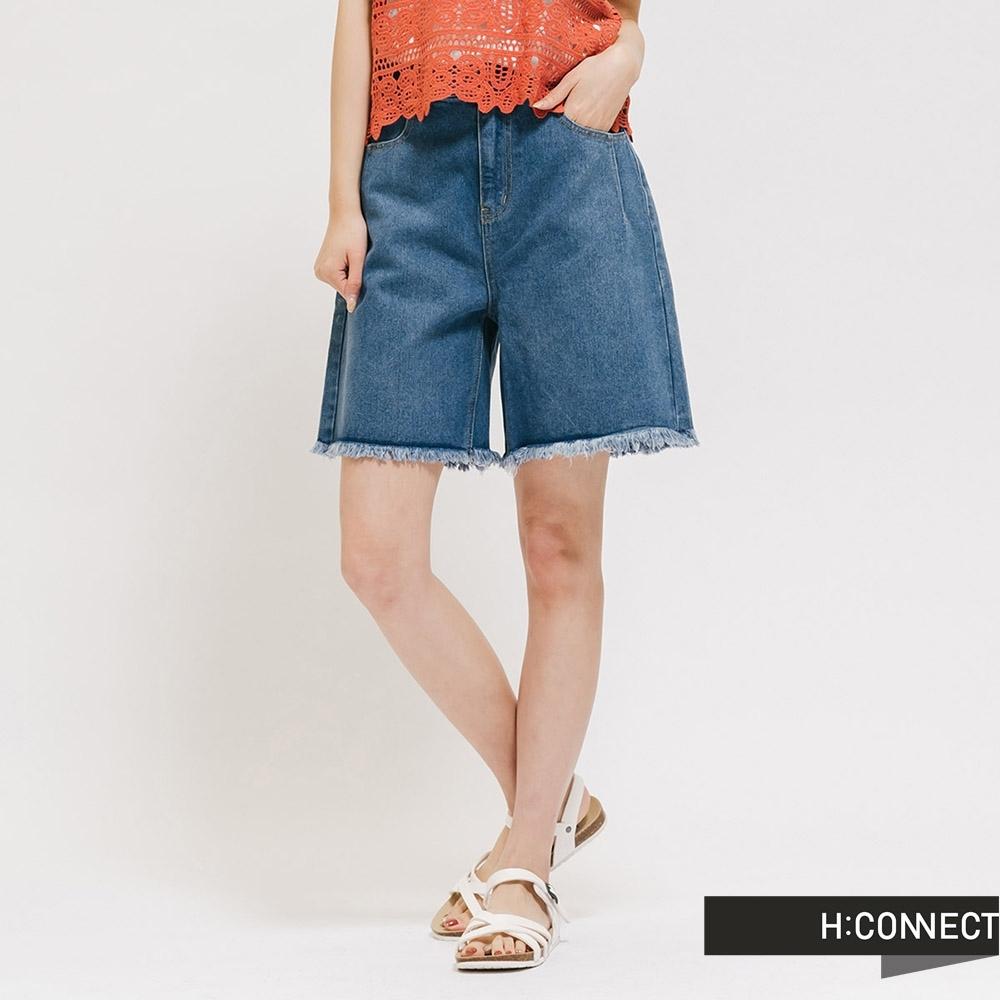 H:CONNECT 韓國品牌 女裝 -高腰下抽鬚牛仔短褲 - 藍