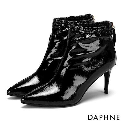 達芙妮DAPHNE 短靴-漆面鬆緊筒圍後拉鏈中跟短靴-黑
