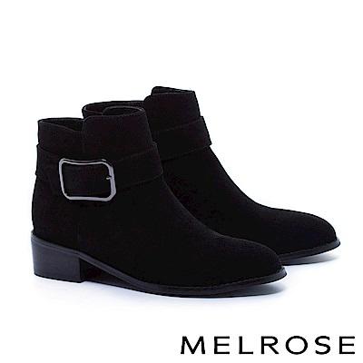 短靴 MELROSE 簡約率性金屬方釦帶麂皮粗低跟短靴-黑