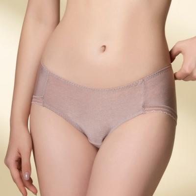 華歌爾-超highQ M-3L中低腰平口內褲(膚) 光澤花紗布料 柔軟舒適