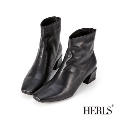 HERLS短靴-素面縫線小方頭後拉鍊粗跟短靴-黑色