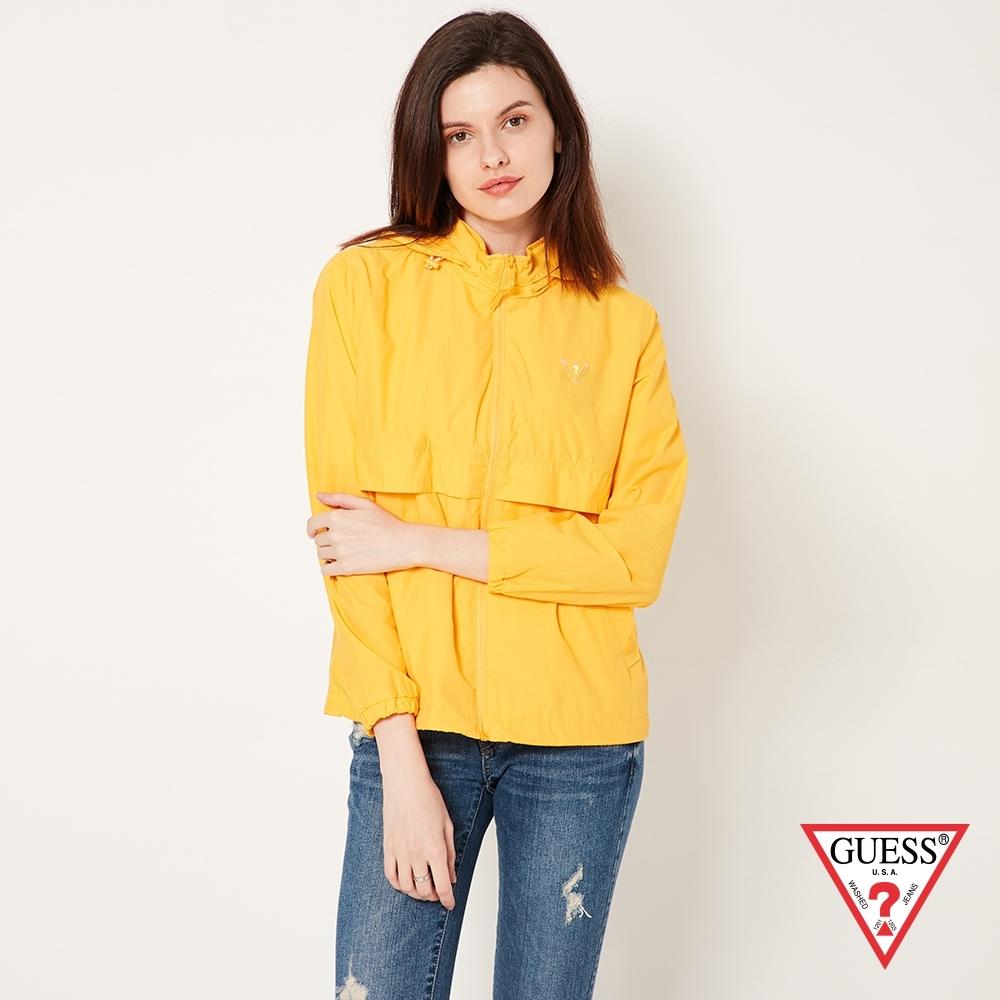 GUESS-女裝-連帽可收納風衣外套-黃 原價6990