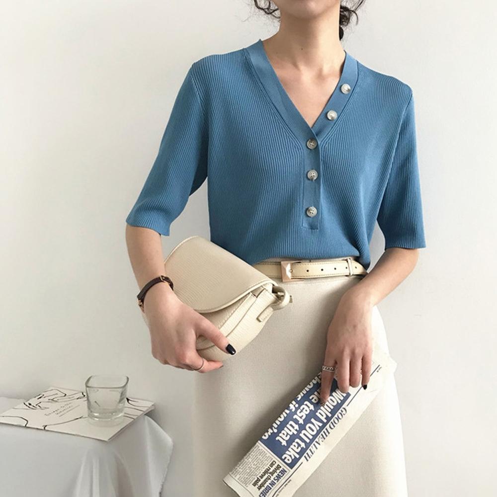 ALLK 歐楷 超彈力鈕扣針織上衣 共4色(尺寸F 任選) (霧藍色)