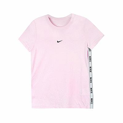 Nike 女 NSW TEE LOGO TAPE 圓領T(短)