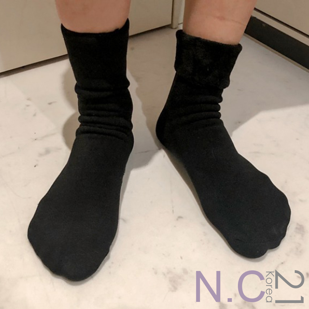 N.C21-正韓 純色彈性加絨內裡中筒襪 (黑色)