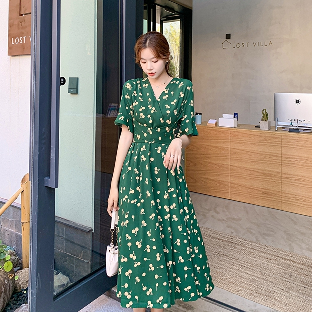 甜美俏皮櫻桃印花喇叭袖洋裝S-3XL-Dorri
