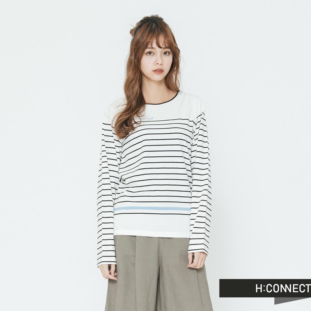 H:CONNECT 韓國品牌 女裝-舒適細條紋長袖上衣-白 - 動態show