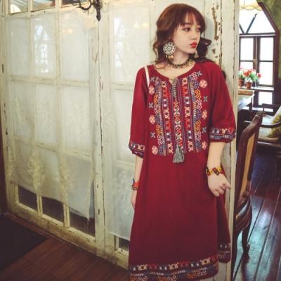 民族風一字領圖騰繡花燈籠袖復古洋裝S-XL(共三色)-維拉森林