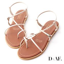 D+AF 美好夏日.交叉細帶套指平底涼鞋*白