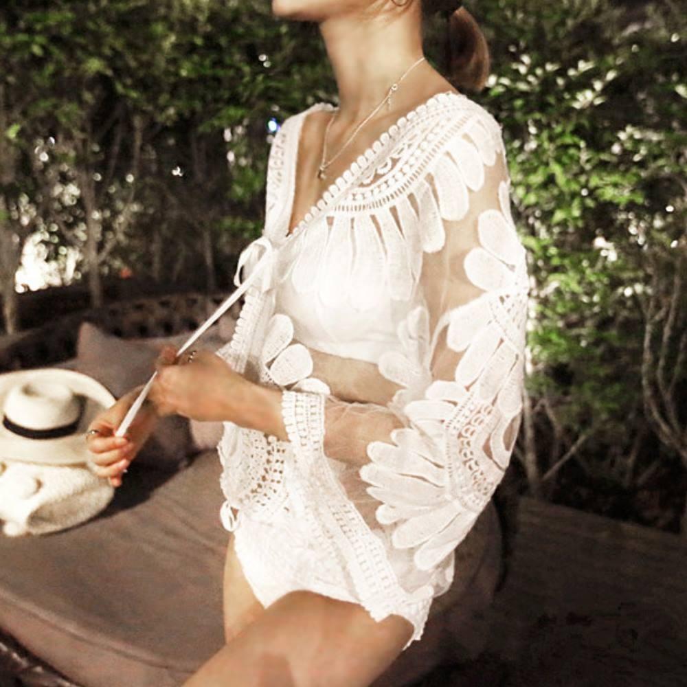 La Belleza網紗刺繡太陽花透視雕花百搭蕾絲繫綁帶罩衫短外套