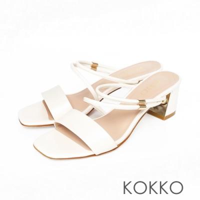 KOKKO優雅不對稱方頭真皮粗跟涼鞋椰奶白