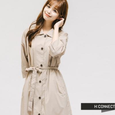 H:CONNECT 韓國品牌 女裝 -卡其腰間綁帶襯衫洋裝-卡其色