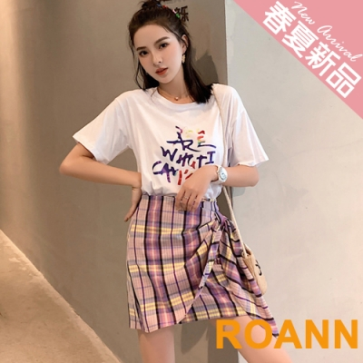 圓領字母T恤+格紋短裙兩件套 (格紋)-ROANN