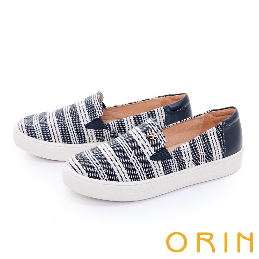 ORIN 造型五金條紋布面平底 女 休閒鞋 深藍
