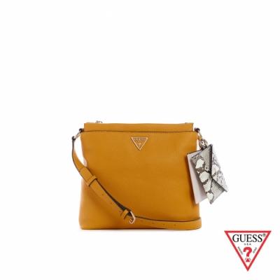 GUESS-女包-蛇紋撞色零錢包吊飾斜背包-黃 原價2890