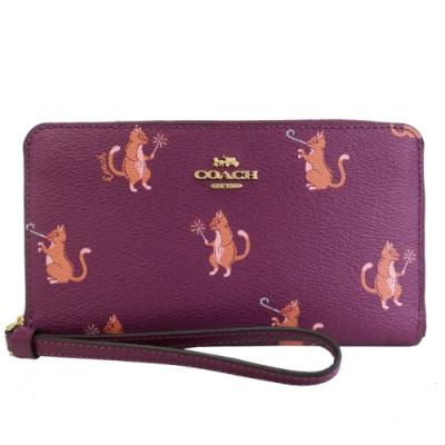 COACH 經典馬車動物派對PVC手掛式長夾(貓咪/紫紅)