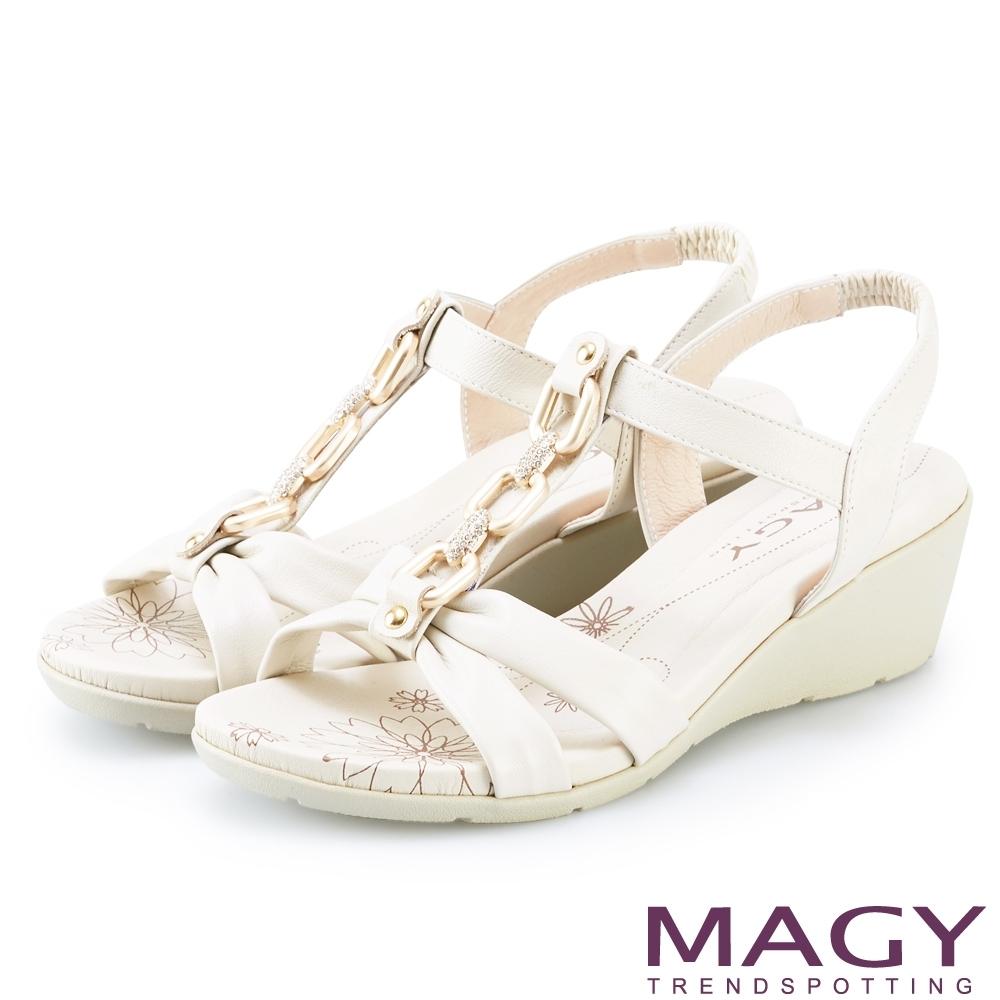 MAGY 白鑽T字牛皮踝帶楔型 女 涼鞋 米色