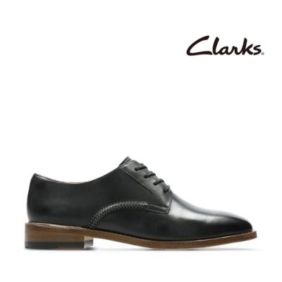 Clarks 摩登經典 學院風素面皮革休閒鞋 黑色