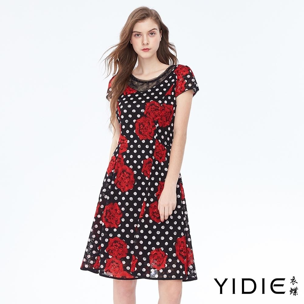 YIDIE衣蝶 滿版點點卡羅拉玫瑰短洋裝