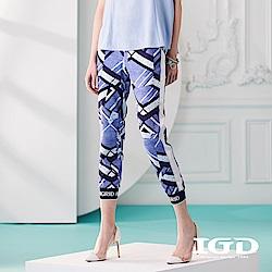 IGD英格麗 幾何印花拼接螺紋縮口褲-藍