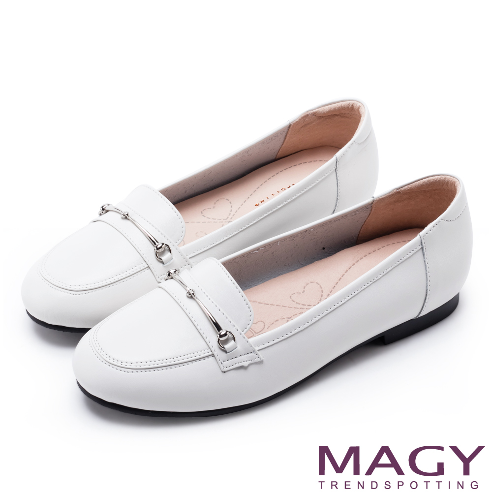MAGY 文青學院風 簡約金屬釦環牛皮樂福鞋-白色