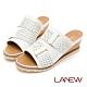 LA NEW Q Lite 雕花 楔型跟 拖鞋(女225083940) product thumbnail 1