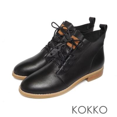 KOKKO質感牛皮綁帶率性粗跟短靴經典黑色