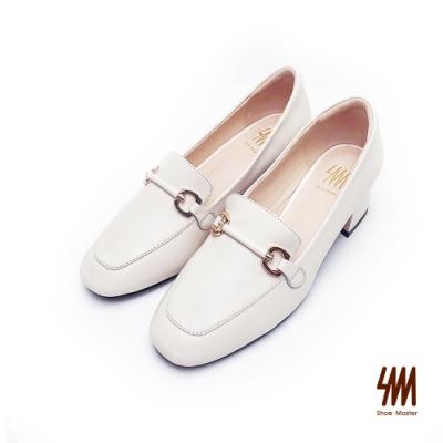 SM-帥氣復古系列-英倫風格方頭雙C馬蹄扣中跟樂福鞋-白色(兩色)