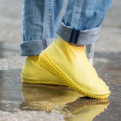 樂嫚妮 輪胎紋防滑耐磨加厚防水矽膠鞋套-綠 (附贈防水收納袋)
