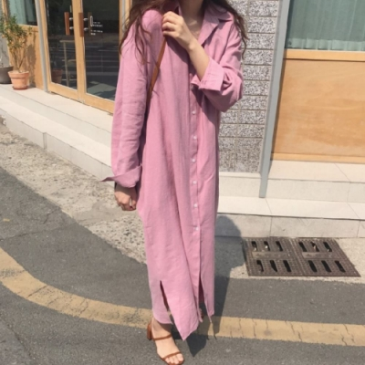 MOCO韓版簡約長版素色寬鬆休閒襯衫過膝側開叉長版洋裝