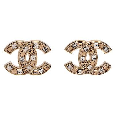 CHANEL 經典雙C LOGO雙色方鑽排列鑲嵌穿式耳環(金)