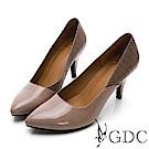 GDC-尖頭時尚牛漆皮撞色紅底中跟包鞋-紫色